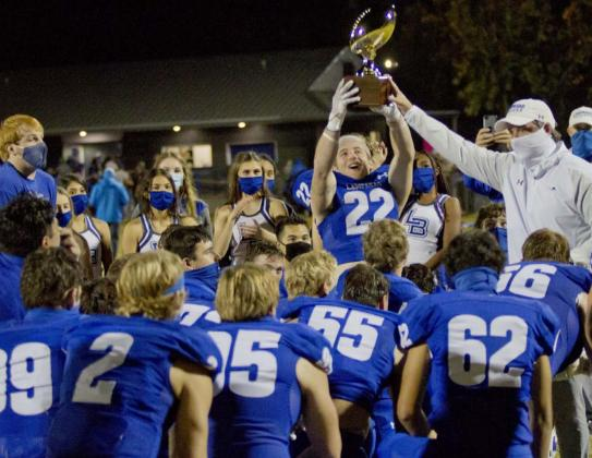 Badgers defend district football title